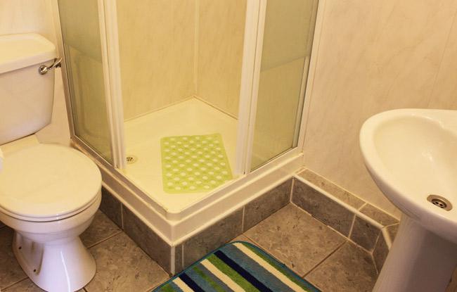Shower-Room 3